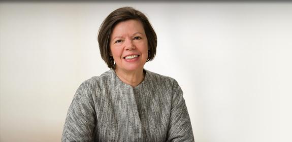 Lynne Garner, Donaghue Foundation